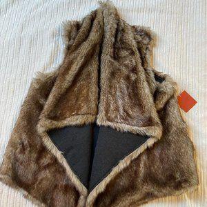 Faux Fur Vest NWT Size XL